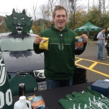 Thanks to BU Dining Services for giving us the energy to cheer on the Bearcats with some snacks. The BU Zoo President Ben Sachs is pictured here with our homecoming tailgate table